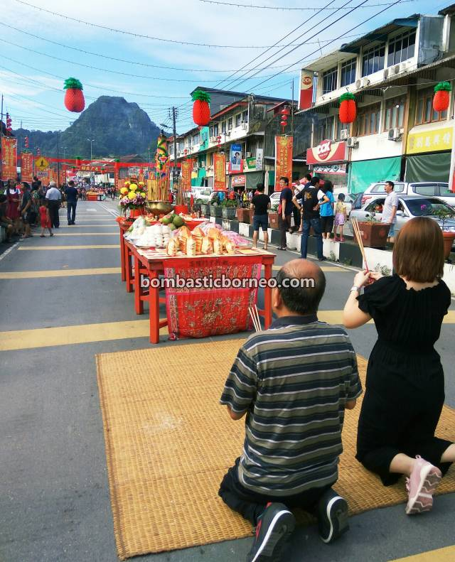 Chap Goh Meh, Lantern Festival, Parade, Chinese New Year, culture, Hakka town, authentic, Bau, Kuching, Sarawak, Malaysia, Dewa Dewi, tourist attraction, Travel Guide, Borneo,