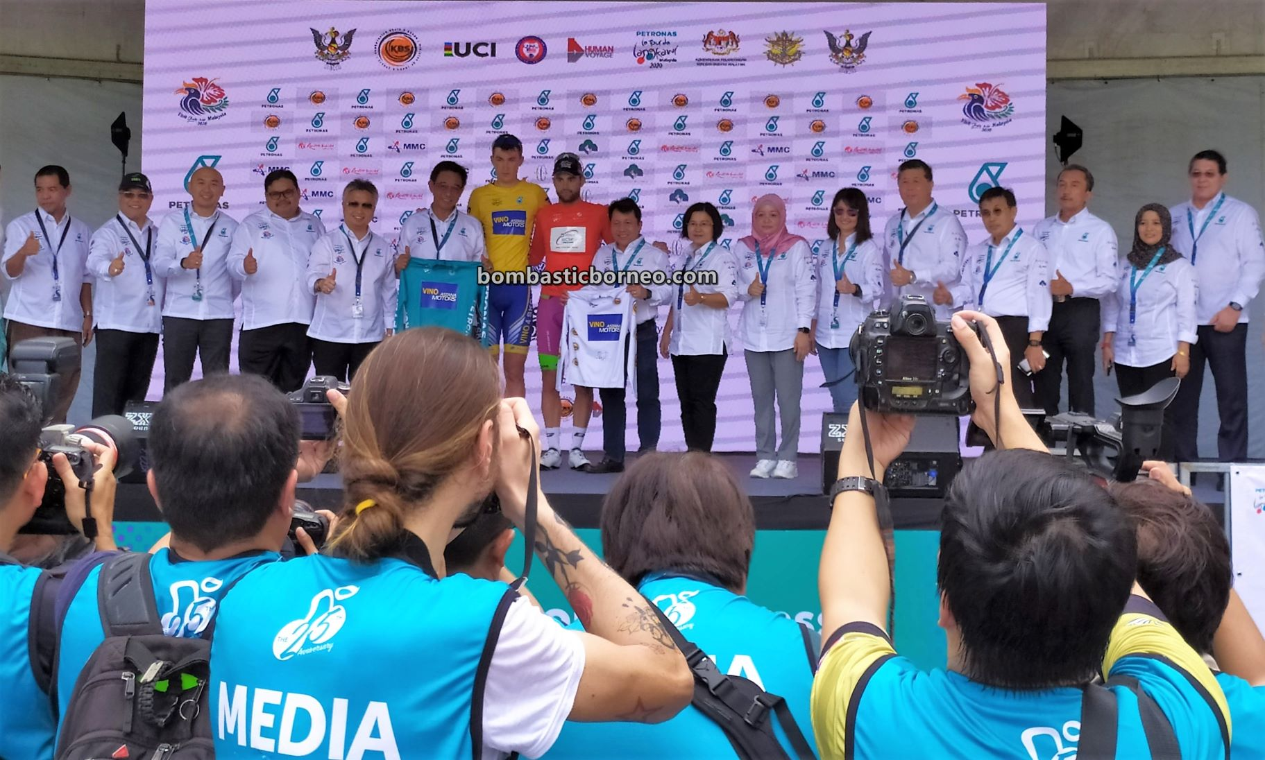 Petronas, Cyclist, bicycle, race, championship, competition, Sports, event, Malaysia, Tourism, tourist attraction, travel guide, 古晋砂拉越马来西亚, 骑自行车比赛
