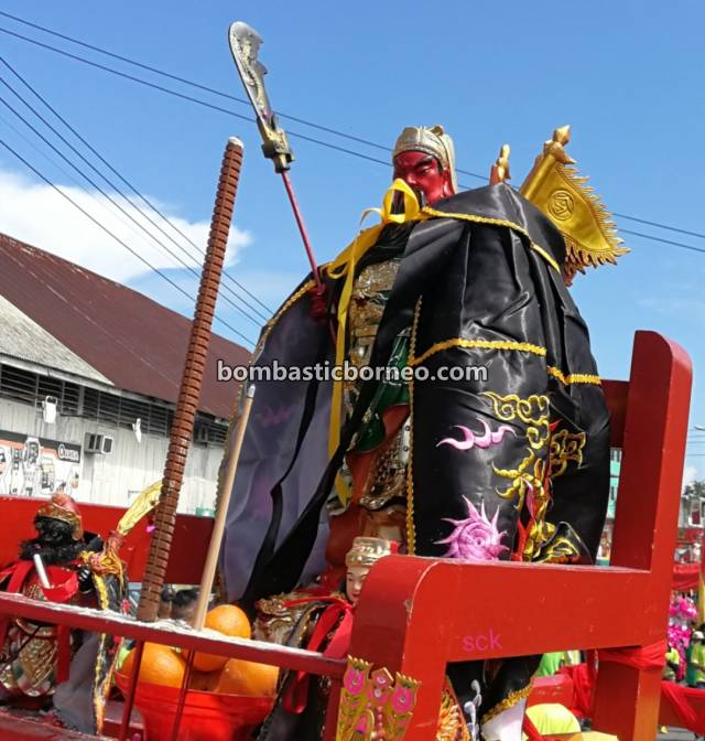 Lantern Festival, procession, Chinese New Year, traditional, Kuching, Sarawak, Malaysia, Dewa Dewi, Tourism, Travel Guide, Cross Border, Borneo, 马来西亚砂拉越古晋, 石隆门元宵节游神, 客家华人传统文化,