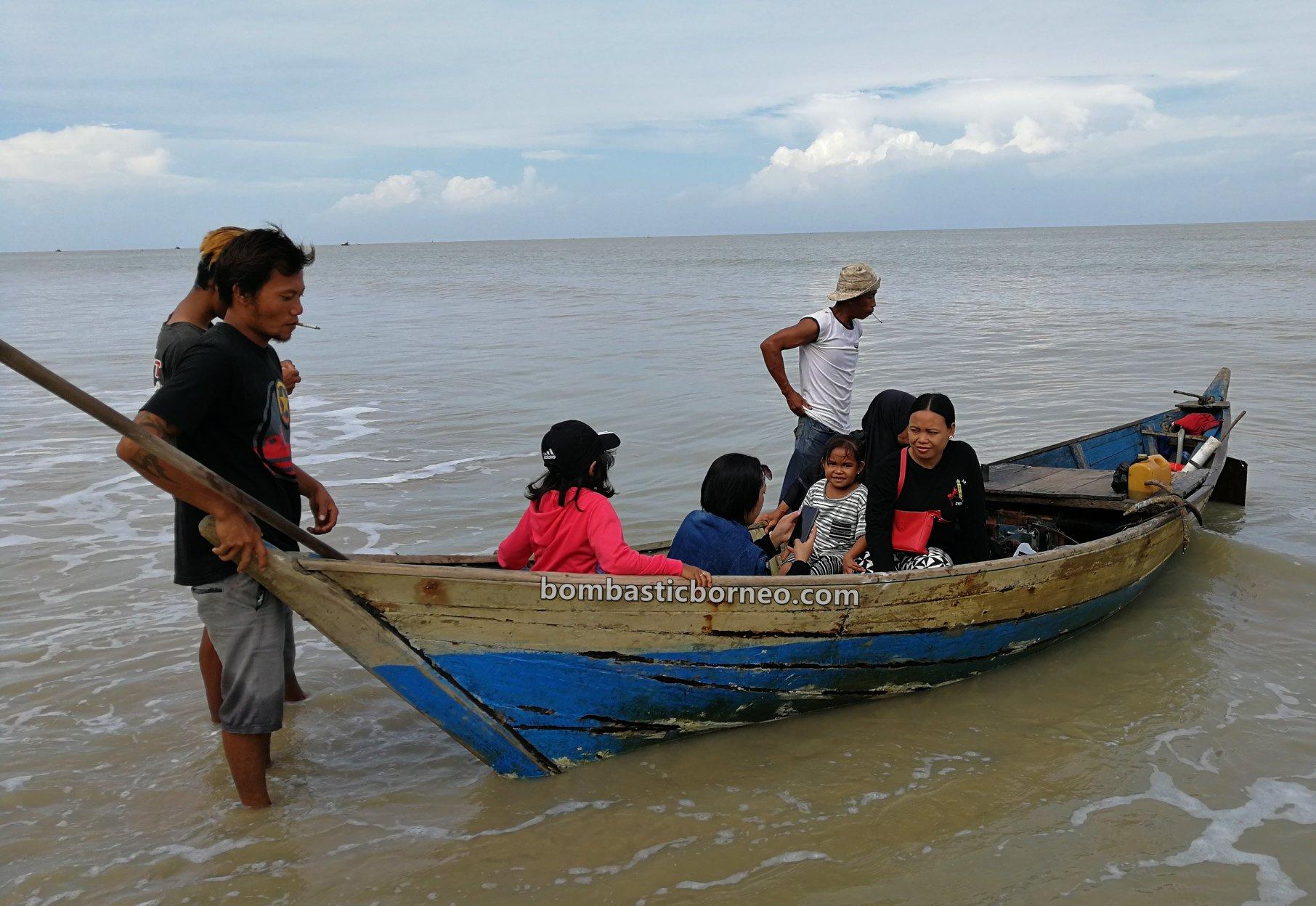 Pulau Belacan, Kerang, mussel, adventure, fishing, Kampung Nelayan Melayu, Sambas, Indonesia, Kalimantan Barat, Jawai Selatan, wisata alam, Tourism, travel guide, backpackers, Borneo,
