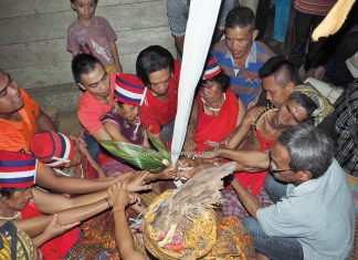 spiritual healing, shaman, dukun, ritual, authentic, budaya, Dayak Bidayuh, native, tribal, Kuching, Sarawak, Malaysia, Travel, Cross border, Borneo