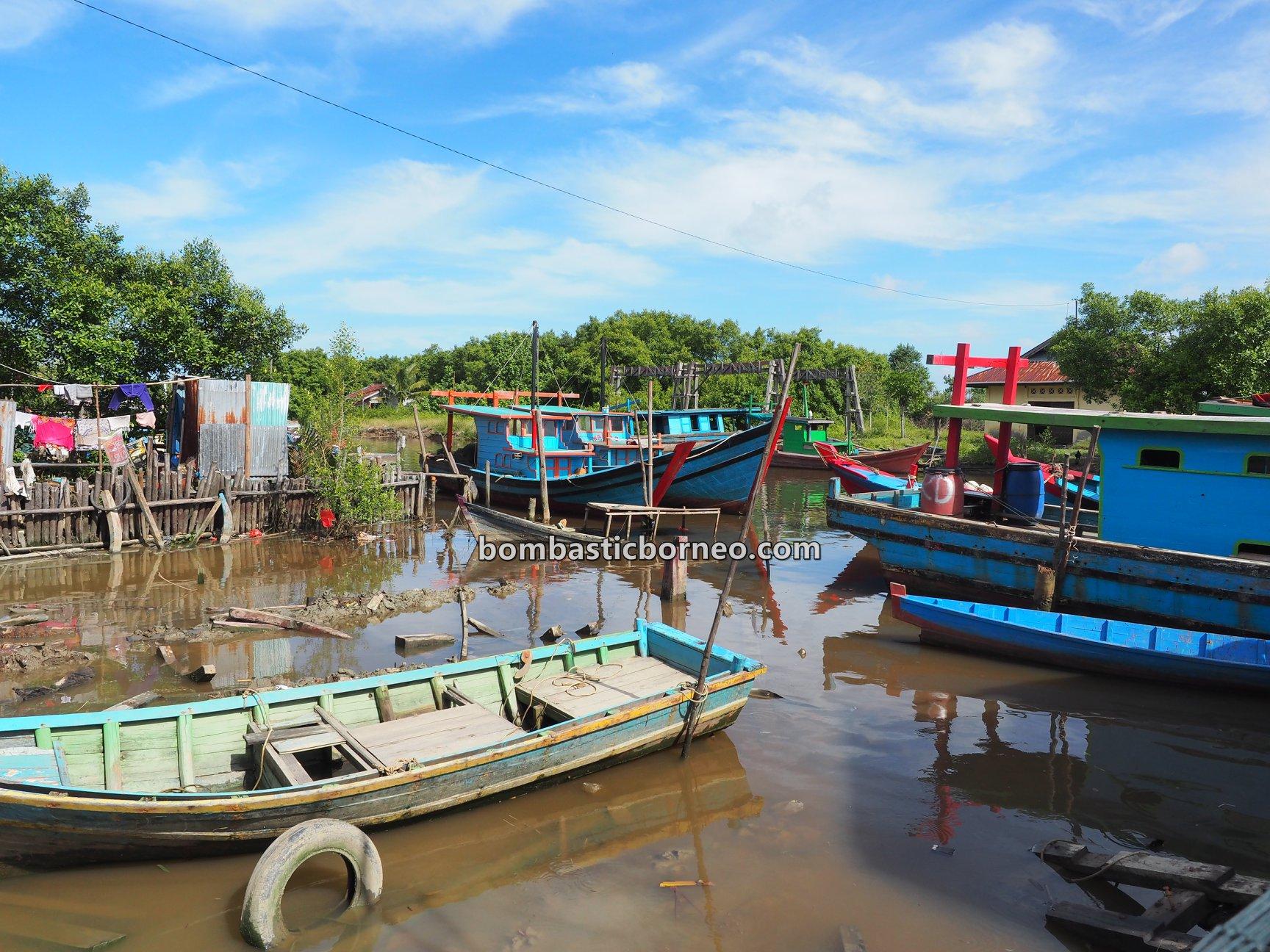 Kampung Nelayan Melayu, Malay Fishing Village, authentic, traditional, backpackers, destination, Indonesia, Kalimantan Barat, Kota Singkawang, Kelurahan Kuala, Tourism, tourist attraction, travel guide, Borneo, cross border