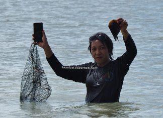 island, Kerang, clam, mussel, adventure, traditional, Sambas, West Kalimantan, Jawai Selatan, Obyek wisata, tourist attraction, fishing, Trans Borneo, 穿越婆罗洲游踪, 印尼西加里曼丹, 三发马来渔村