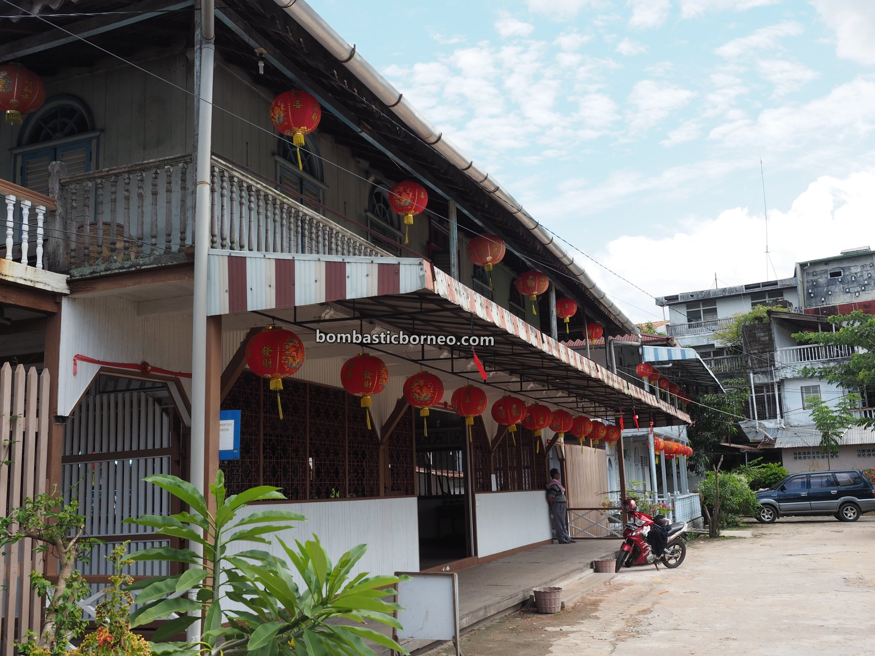 antique, authentic, tradisional, heritage, museum, destination, Indonesia, West Kalimantan, Tourism, tourist attraction, Travel Guide, Borneo, 探索婆罗洲游踪, 印尼西加里曼丹, 山口洋旅游景点,