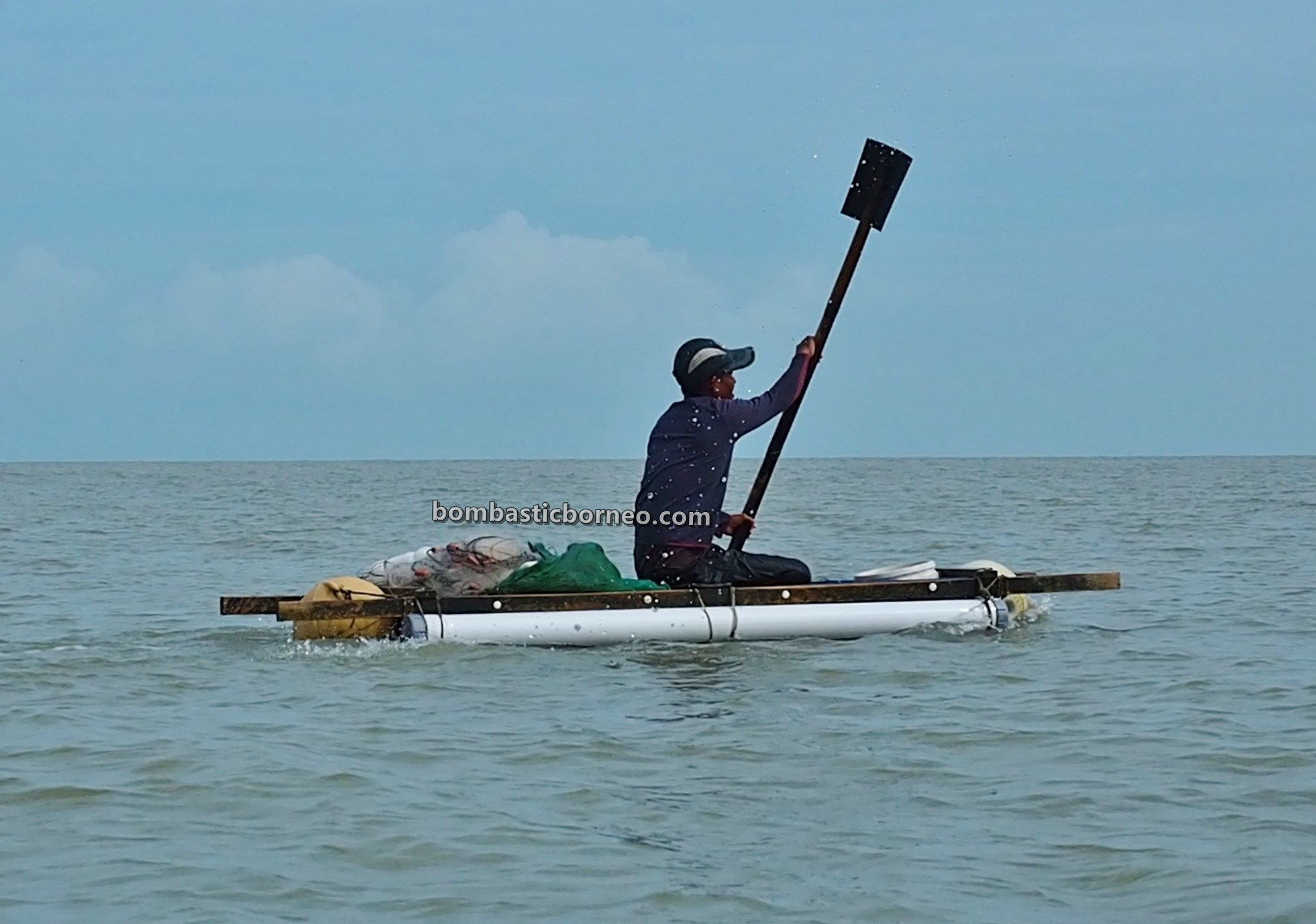 Pulau Belacan, island, seafood, Kerang, mussel, adventure, Kampung Nelayan Melayu, Kalimantan Barat, Jawai Laut, tourist attraction, travel guide, 跨境婆罗洲游踪, 印尼西加里曼丹, 三发马来渔村