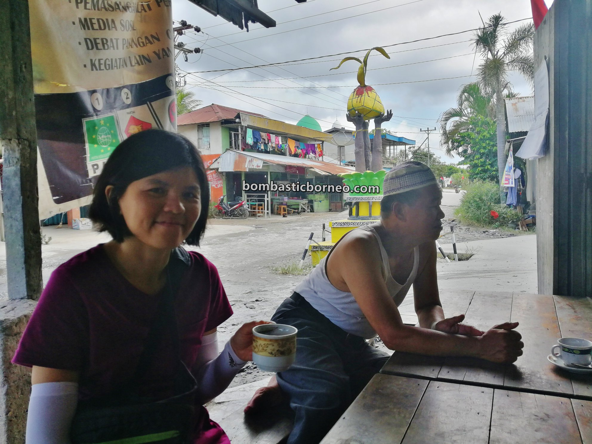Malay village, Indonesia, Kalimantan Barat, Jawai Selatan, objek wisata, Tourism, tourist attraction, travel guide, Parit Setia, Borneo, 穿越探索跨境婆罗洲游踪, 印尼西加里曼丹, 三发马来渔村