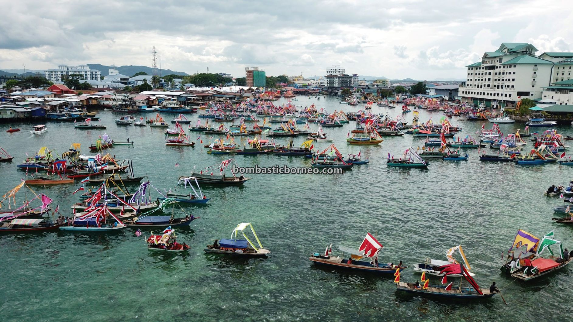 Pesta Regatta Lepa, Suku Bajau Laut, ethnic, culture, traditional, Semporna, Malaysia, Tourism, tourist attraction, travel guide, Trans Border, Borneo, 探索婆罗洲马来西亚, 沙巴彩船节旅游, 仙本那巴夭民族,