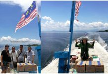 Sebatik Island, boat ride, adventure, backpackers, destination, exploration, jelajah, Transportation, Sabah, Tawau, Malaysia, Tourism, Travel Guide, cross border, Borneo,