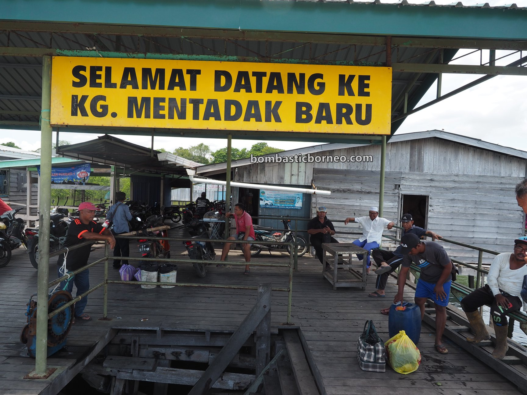 boat ride, exploration, jelajah, jetty, jeti, Transportation, wharf, port, malay village, Tourism, Travel Guide, Borneo, 跨境婆罗洲游踪, 马来西亚沙巴斗湖