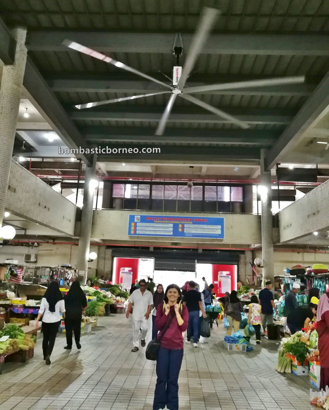 pasar, backpackers, destination, exploration, food court, Pekan, town, Tanjung Market, tourist attraction, Travel Guide, Trans Borneo, 跨境婆罗洲游踪, 马来西亚沙巴, 斗湖巴刹,