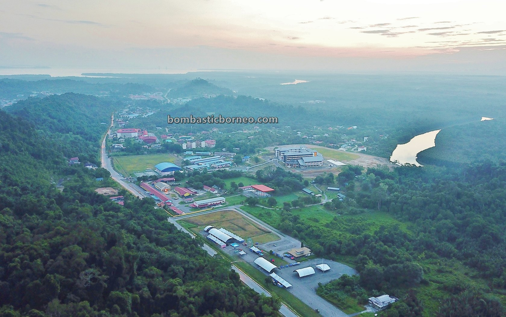 town, Taman Tasik Bukit Mas, trekking, hiking, adventure, nature, outdoor, exploration, Tourism, tourist attraction, Trans Border, 婆罗洲马来西亚, 砂拉越林梦