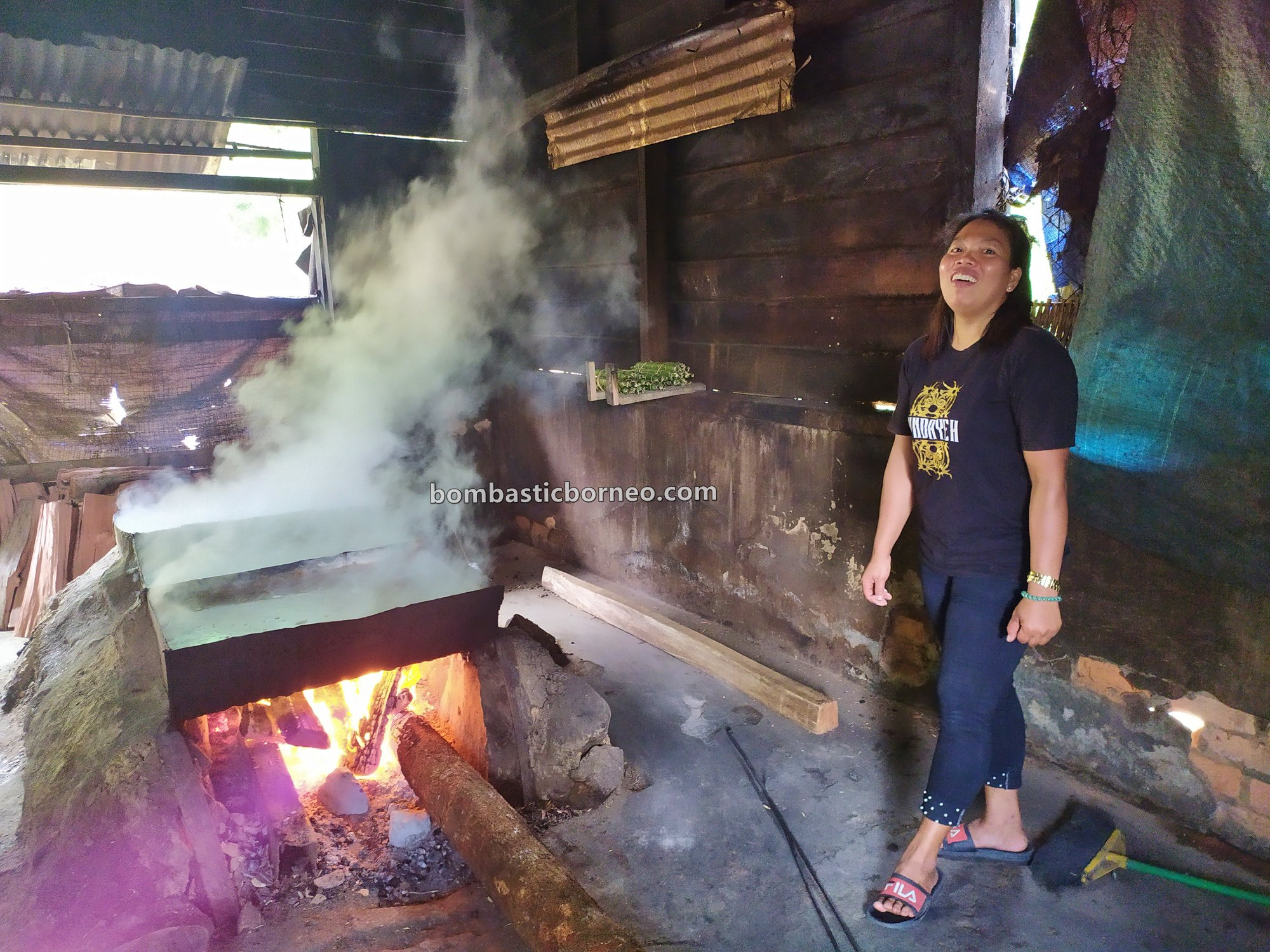 pengolahan garam gunung, Long Midang, authentic, traditional, exploration, backpackers, Krayan, Interior village, Objek wisata, Tourist attraction, travel guide, Trans Borneo, 探索婆罗洲游踪, 印尼北加里曼丹, 高山盐旅游景点,