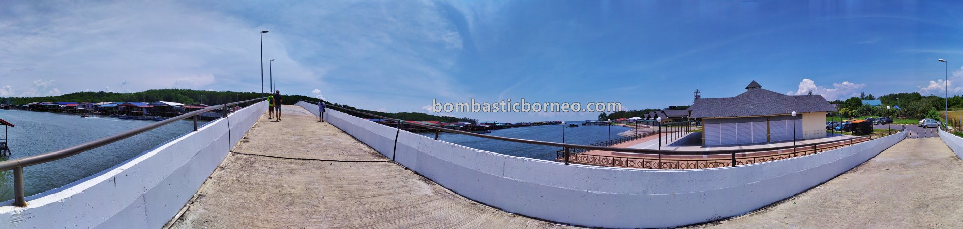 authentic, water village, Kampung Melayu, adventure, exploration, backpackers, destination, Malaysia, Tourism, tourist attraction, travel guide, Borneo, 婆罗洲游踪, 马来西亚砂拉越, 老越旅游景点,