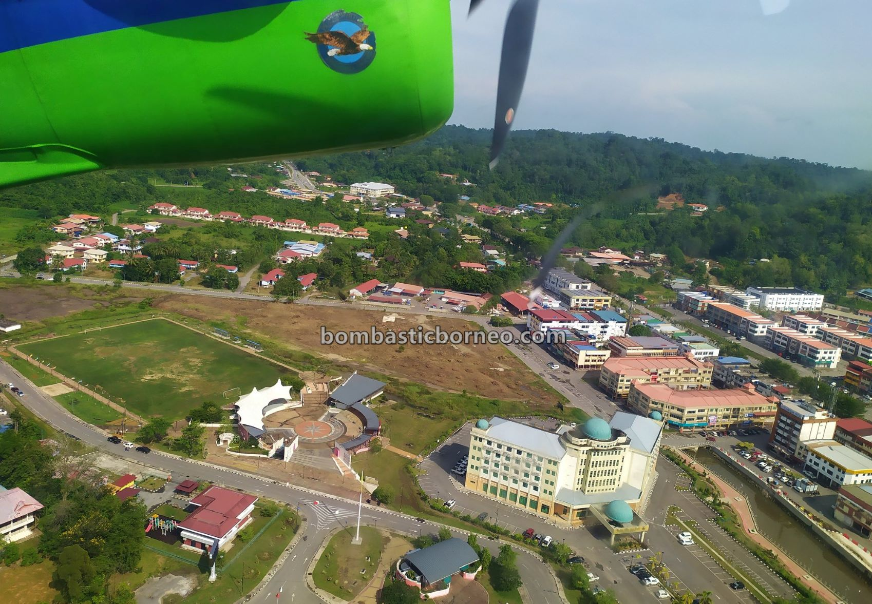 Mas Wings, twin otter, Ba'kelalan, backpackers, destination, exploration, Interior, village, Limbang, Lun Bawang, native, Tourism, Trans Borneo, 探索婆罗洲游踪, 马来西亚砂拉越老越,