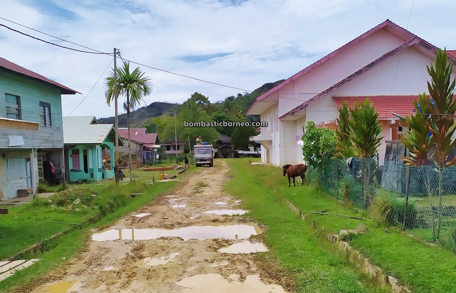 North Kalimantan, Nunukan, Krayan, adventure, backpackers, destination, Interior Village, Highlands, native, Suku Dayak Lundayeh, travel guide, Borneo, 探索婆罗洲游踪, 北加里曼丹弄达耶族, 印尼内陆高原