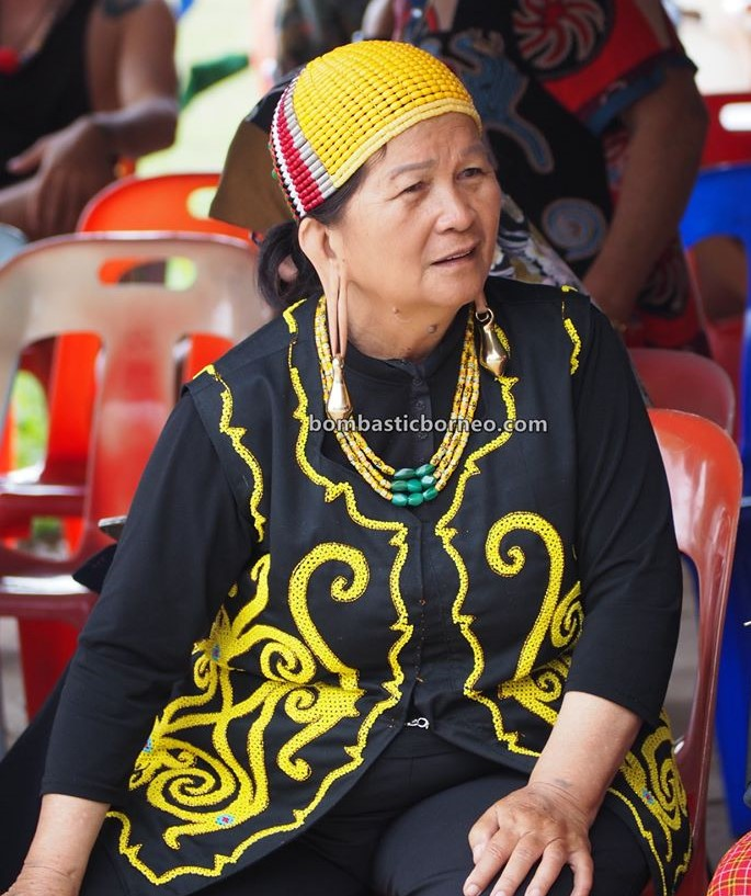 Pesta Nukenen, Bario Food Cultural Festival, beads, authentic, indigenous, Ethnic, Dayak, native, orang ulu, tribal, tourist attraction, Borneo, 跨境婆罗洲游踪, 马来西亚砂拉越文化, 巴里奥加拉毕长耳垂族