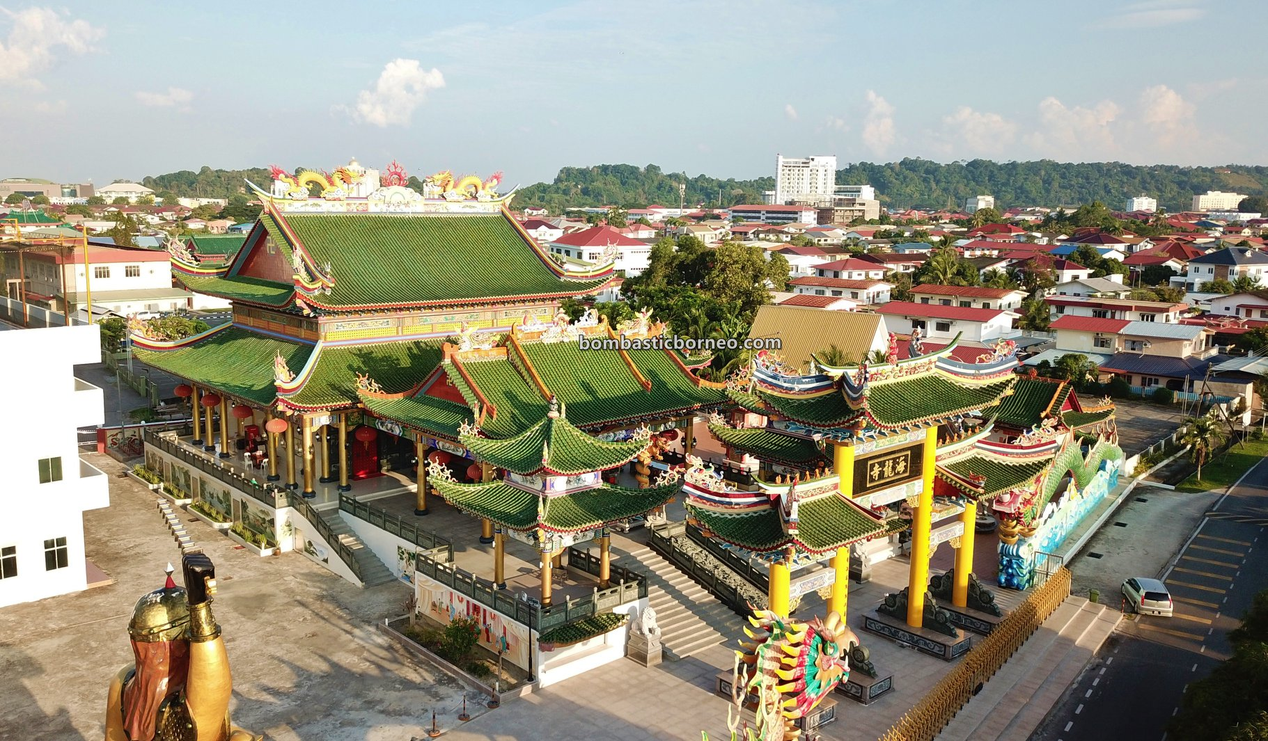 Hai Long Si Temple, backpackers, destination, Taoist Temple, Chinese temple, Discover Miri City, exploration, Sarawak, Malaysia, Tourism, tourist attraction, travel guide, Trans Borneo