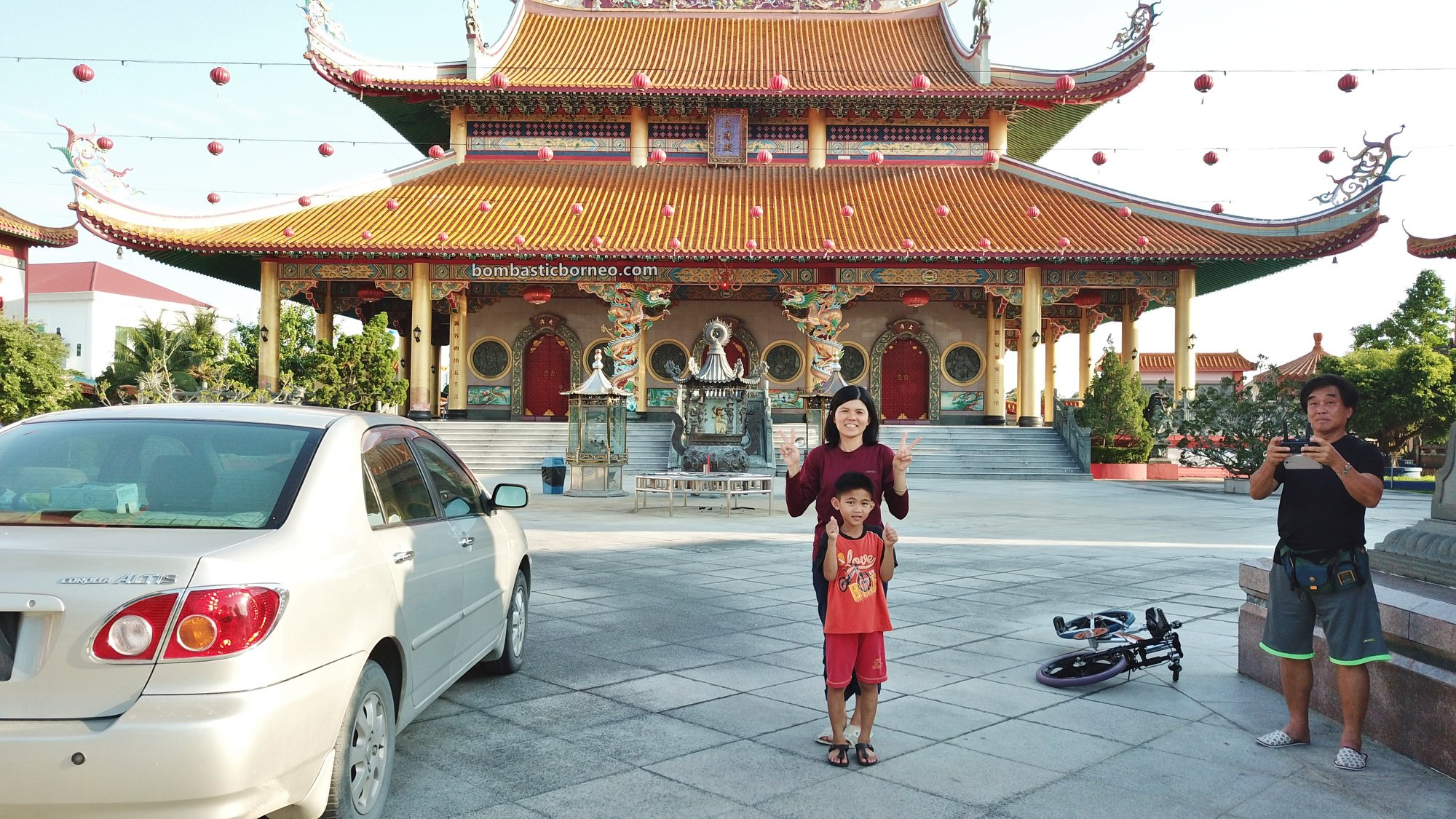 San Ching Tien Temple, backpackers, destination, chinese temple, Discover Miri City, exploration, Malaysia, Tourism, tourist attraction, travel guide, Trans Borneo, 马来西亚砂拉越道教, 美里莲花山三清殿