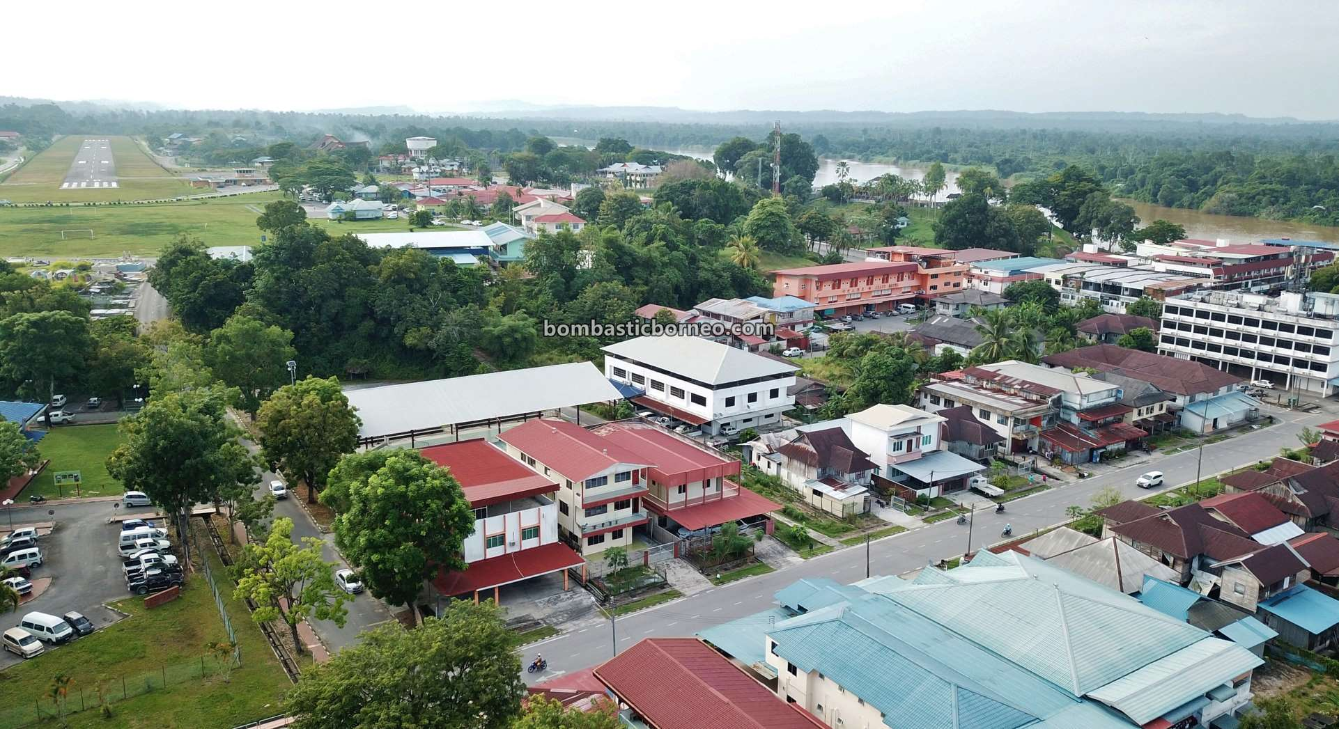 adventure, backpackers, exploration, Fort Hose, museum, Pasar tamu, traditional, local market, Tourism, tourist attraction, travel guide, Trans Borneo, 跨境婆罗洲砂拉越, 马来西亚马鲁帝