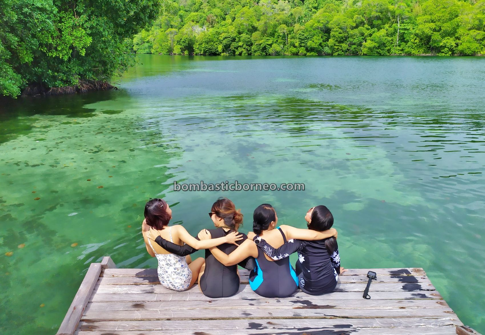 Kepulauan Derawan, Kakaban Island, Danau Ubur-Ubur, Stingless Jellyfish Lake, nature, backpackers, Snorkelling, hidden paradise, East Kalimantan, Wonderful Indonesia, Objek wisata, Tourism, travel guide, Borneo,