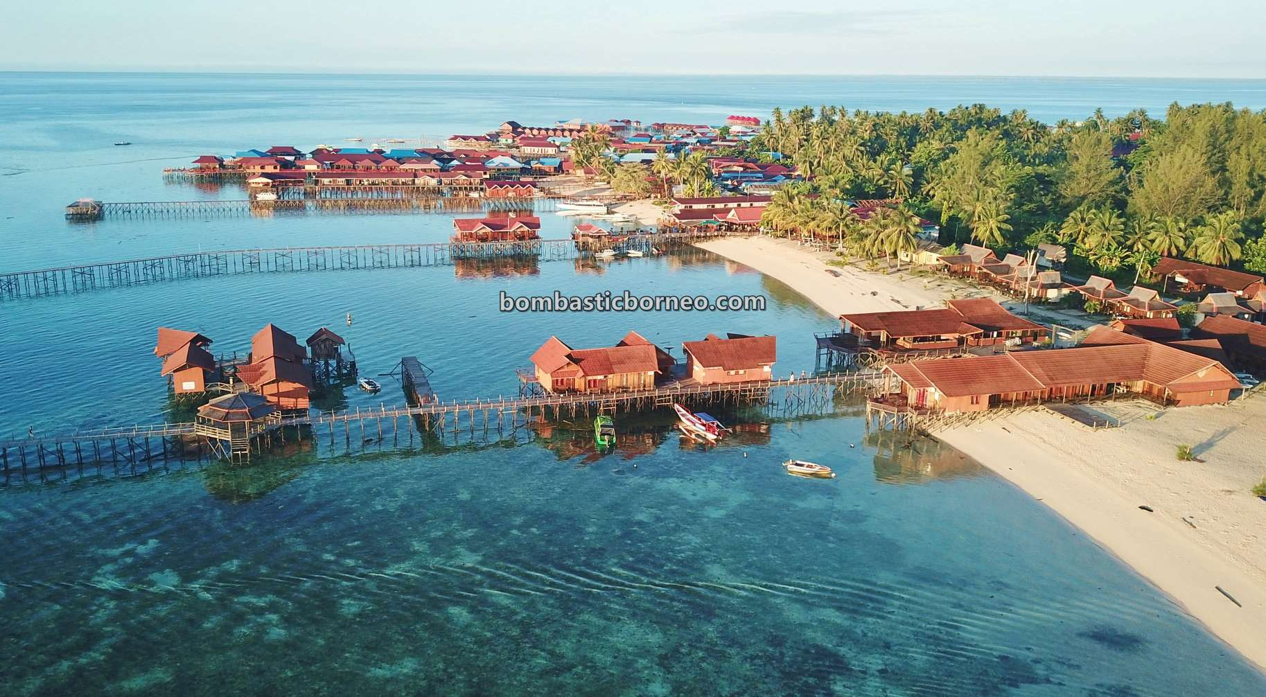 Kepulauan Derawan, Derawan Island, Bajau village, nature, hidden paradise, holiday, Berau, Kalimantan Timur, Indonesia, pasir putih, White sandy beaches, Pariwisata, tourist attraction, travel guide, Trans Borneo,