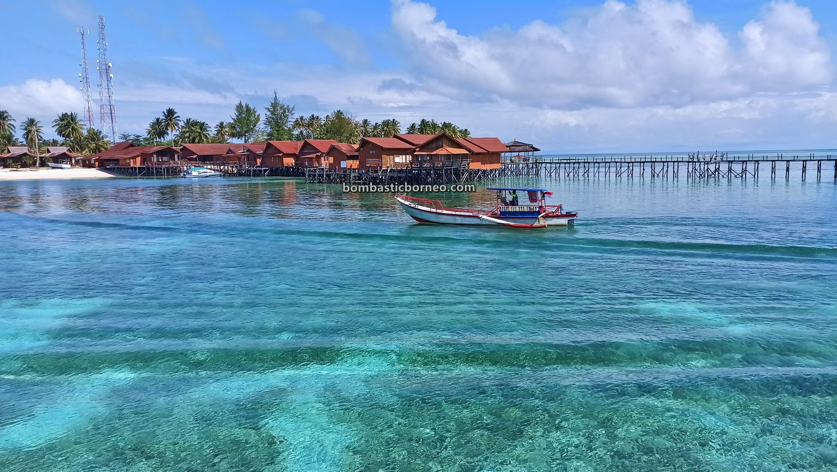 Diving spot, exploration, nature, hidden paradise, holiday, snorkelling, Berau, Wonderful Indonesia, Objek wisata, Tourist attraction, travel guide, Trans Borneo, 穿越婆罗洲游踪, 东加里曼丹达拉湾岛, 潜水天堂旅游景点,