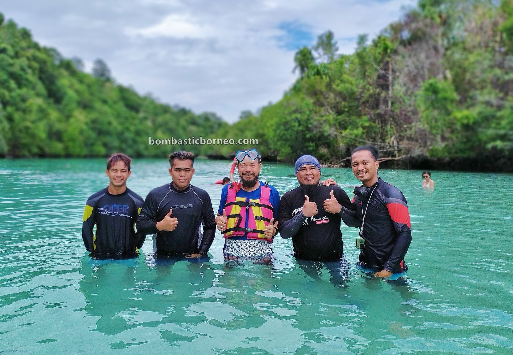 Emerald Pool, Lobang Ikan, Kakaban Island, nature, destination, Snorkelling, holiday, Berau, Pesona Indonesia, wisata alam, Tourism, travel guide, Borneo, 印尼东加里曼丹, 卡卡班岛旅游景点