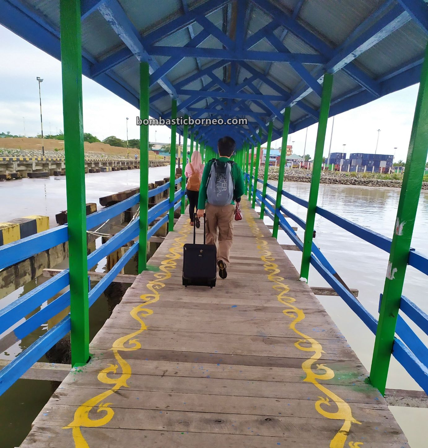 Ferry terminal, Express Boat Ride, backpackers, destination, exploration, Kaltara, Kapal Besar, port, wharf, travel guide, Cross Border, Borneo, 探索婆罗洲游踪, 印尼北加里曼丹, 打拉根轮渡码头