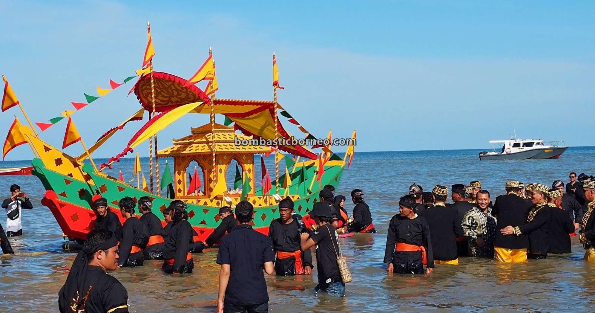Padaw Tuju Dulung boat, Festival Iraw Tengkayu, Suku Dayak Tidung, upacara adat, authentic, traditional, culture, native, tribal, Indonesia, North Kalimantan, Tarakan, Obyek wisata, Tourism, Trans Borneo