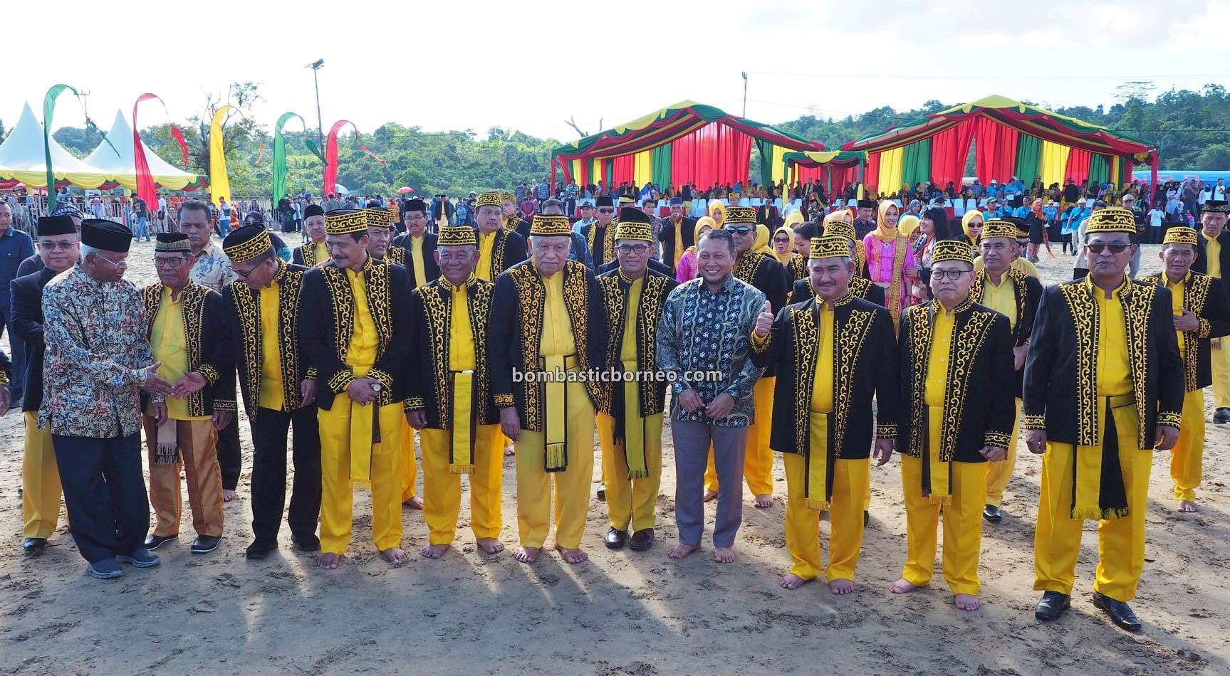 Festival Iraw Tengkayu, upacara adat, indigenous, destination, event, Ethnic, tribal, Kalimantan Utara, Pariwisata, Tourism, Tarakan, Pantai Amal, 婆罗洲达雅传统文化, 印尼北加里曼丹, 打拉根土著部落