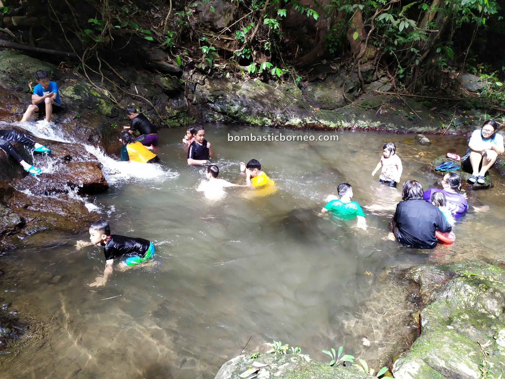 Kampung Serumah, Kampung Gayu, nature, outdoor, Padawan, Malaysia, Tourism, Muan Tabi Cascade, air terjun, Borneo, 探索婆罗洲游踪 马来西亚砂拉越, 古晋自然生态