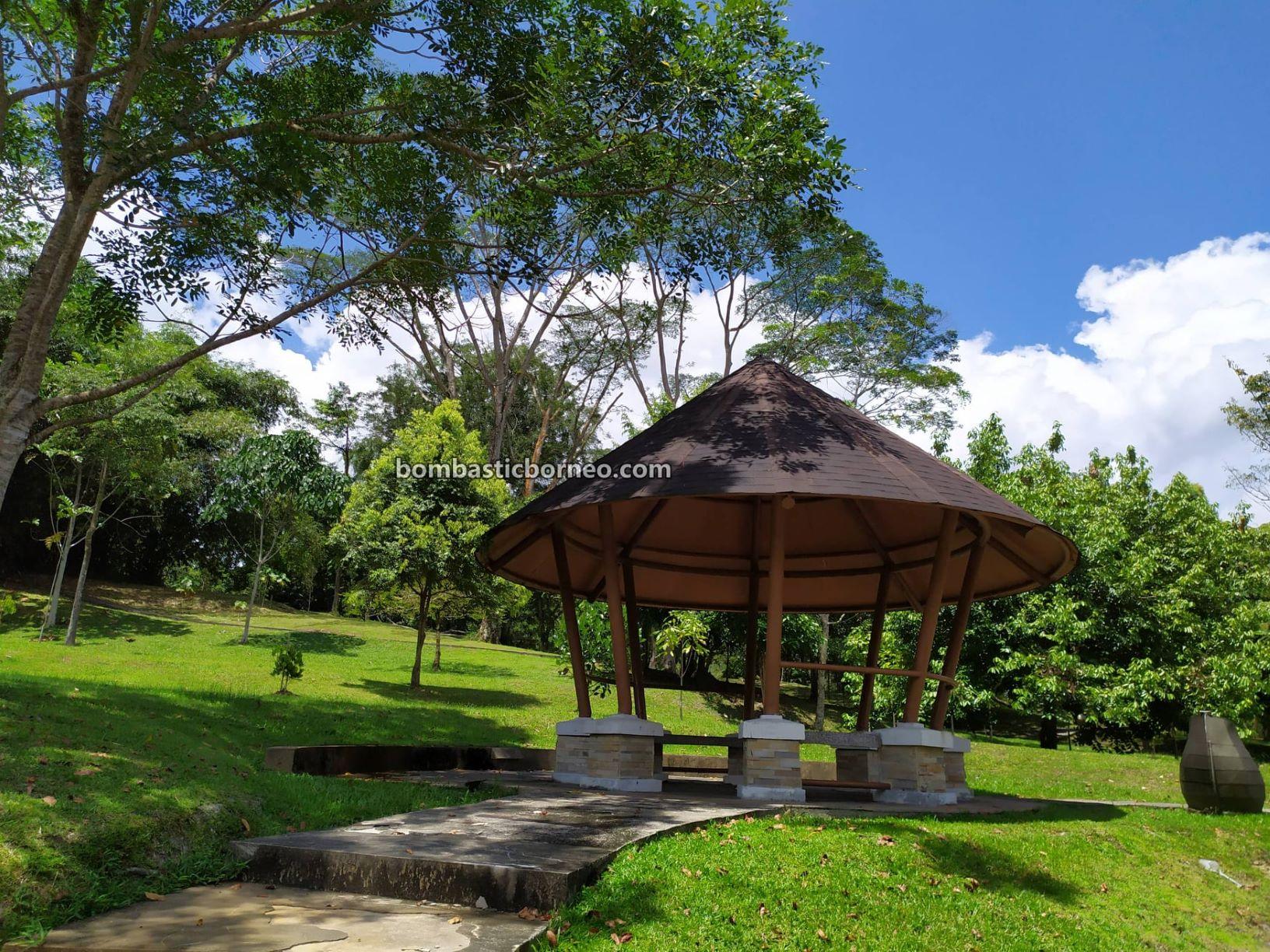 Taman Botani Sarawak, Sarawak Botanical Garden, recreational park, tempat senaman, outdoor, exercise, sports, jogging, walking, cycling, Kuching, Malaysia, objek wisata, Tourism, travel local,